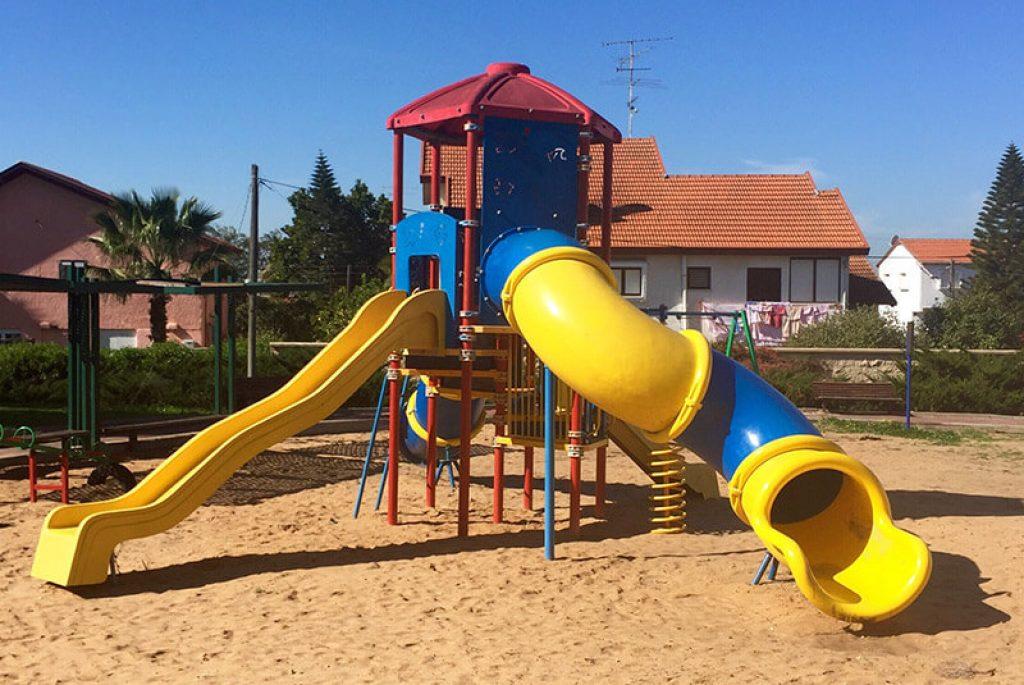 Plastikowy plac zabaw dla dzieci do ogrodu